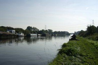 Aire & Calder Canal - Fisharound.net